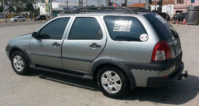 FIAT PALIO WEEKEND ADVENTURE TRYON 1.8 8V 4P