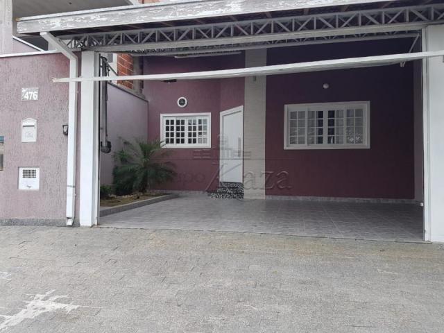 Casa à venda com 3 dormitórios em Villa branca, Jacarei cod:V29240AP