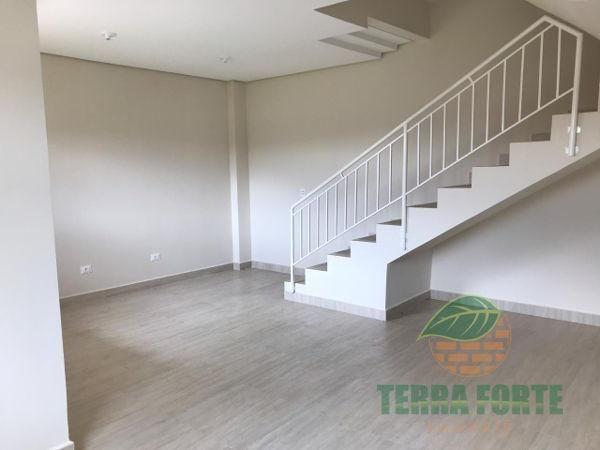 Casa geminada com 3 quartos - Bairro Jardim Santo Antônio em Cambé