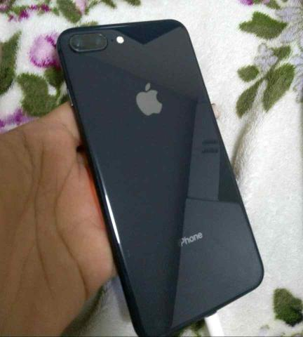IPhone 8plus black 64gb