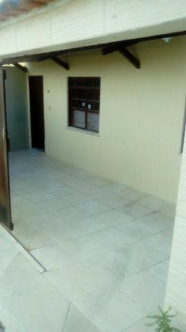 Casa em condomínio fechado em São Cristovão com 2 quartos