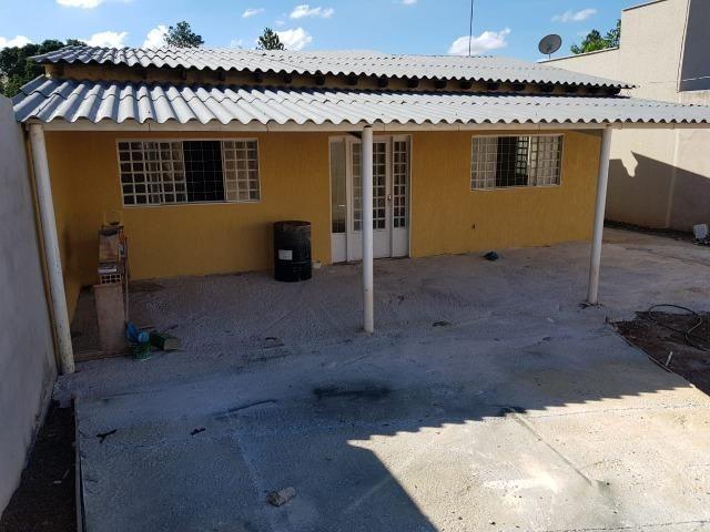 Vendo uma casa na arniqueiras bem localizada no conjunto 06