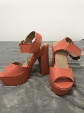 Sandália meia pata TAM 35 - Foto 2