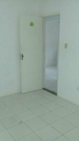 Vendo casa na Boca do Rio - Foto 3