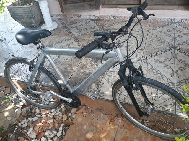 Bicicleta aro 26 de alumínio
