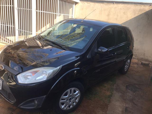 Ford Fiesta Hatch - 1.6 Completo - 2012