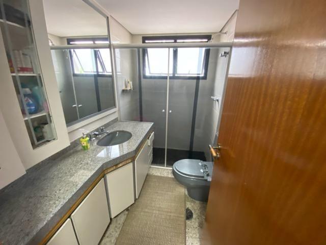 Permuta, 3 suites 3 vagas, 1 por andar, 240m2 - Jd. Analia Franco - Foto 9