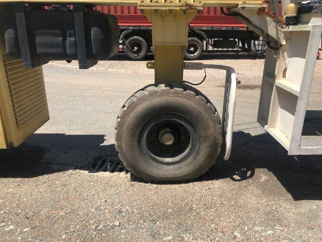 Portico guindaste sobre pneus - Foto 6