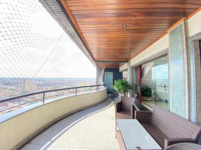 Cobertura espetacular com 495 m² privativos e 6 vagas de garagem - Foto 4