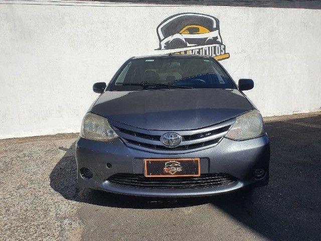 etios xs sedan 1.5 gnv 100% financiado pelos bancos - Foto 2