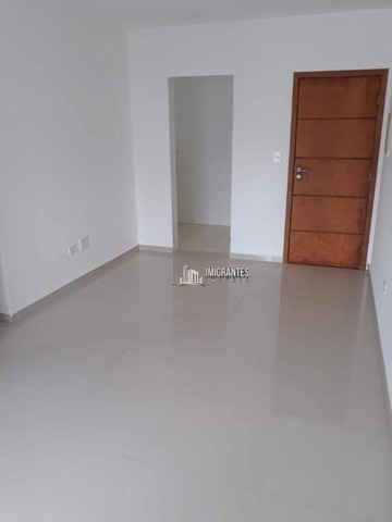 Apartamento de 2 dormitórios, sendo 1 suíte, no Boqueirão, em Praia Grande - Foto 4