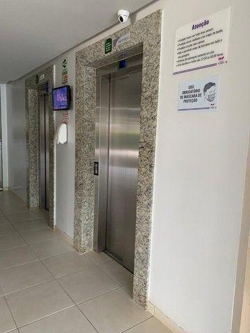 Vende-se Apartamento 2 Quartos sendo 1 suíte, Cond. Portal das Flores, St. Negrão De Lima - Foto 2