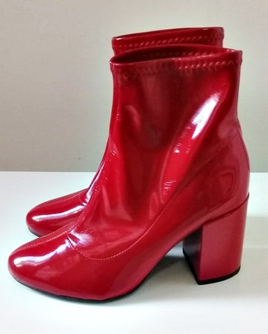 Bota de couro vermelha - Foto 2