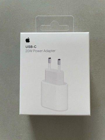 Carregador USB-C de 20W Com Cabo 1m