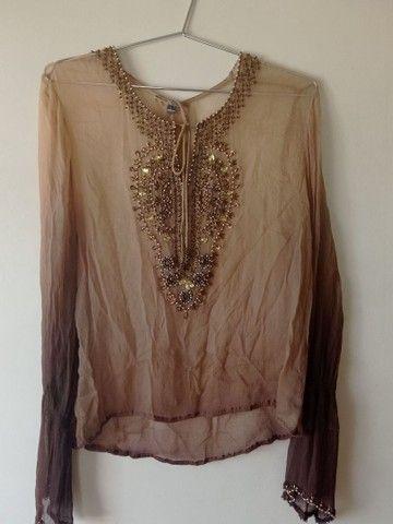 Blusa tecido fino bordada - Foto 2