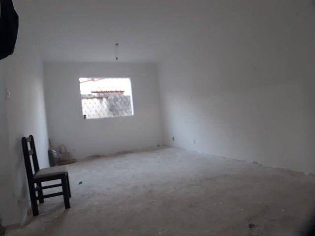 Oportunidade Casa no Caiçara 03 vagas, 02 pavimentos. Só R$ 310.000,00 Avalia troca por ou - Foto 9