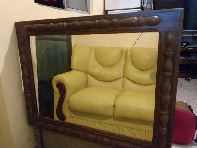 Espelho antigo lindo com moldura trabalhada