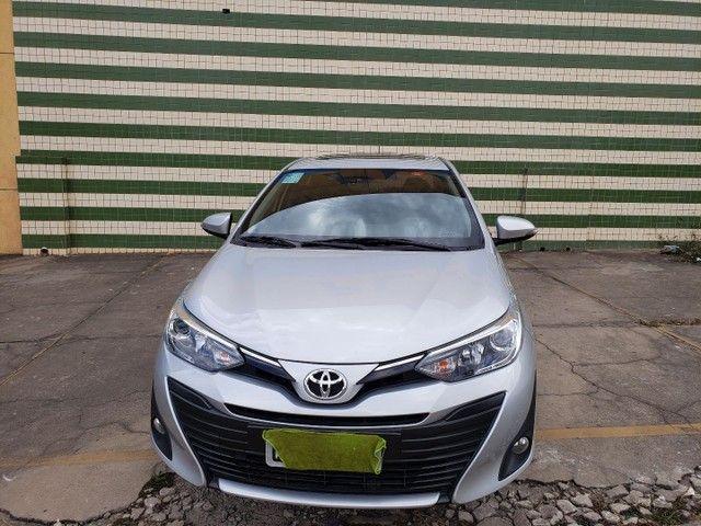 Toyota yaris sedan xls com teto completo todo original de fábrica  - Foto 3