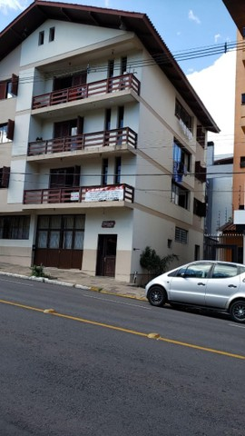Apartamento em Flores da Cunha, 3 quartos, 207m2