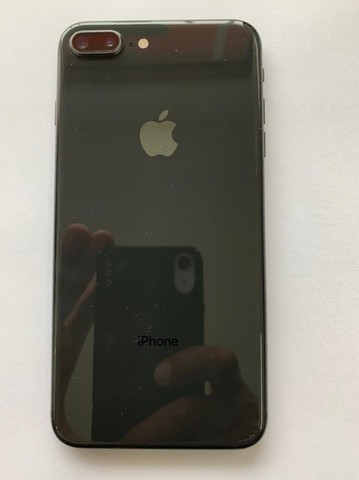 Iphone 8 Plus 64 gb Preto e em  estado de zero e pouco uso - Foto 3
