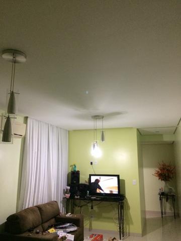 Alugo apartamento no Residencial Acai 1
