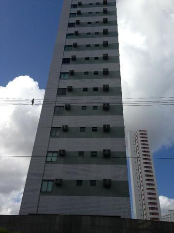 719 - Ap. 02 Qts - 01 Vaga - Cons. Nabuco - Casa Amarela - R$ 2.100,00 c/ taxas