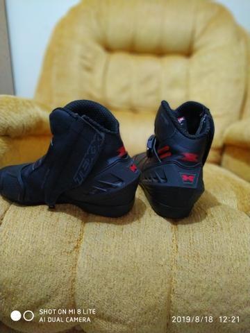 Bota sapato calçado motoqueiro moto novinha - Foto 3
