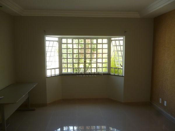 Casa sobrado com 5 quartos - Bairro Antares em Londrina - Foto 7