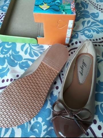 Lote com 2 calçados tamanho 30 - Foto 2