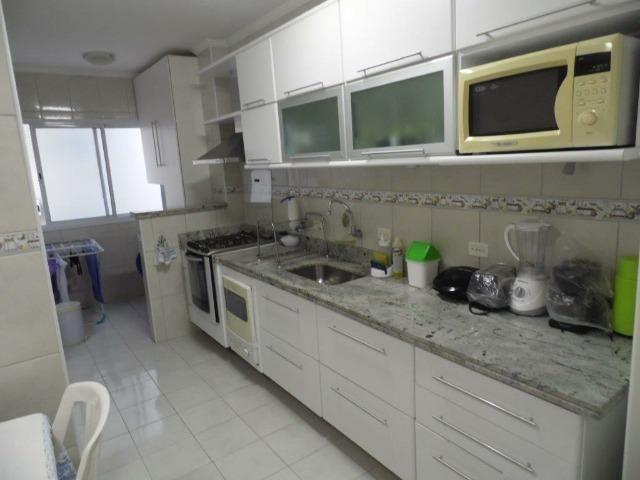 Apartamento 02 dormitórios mobiliado na vila Tupy - Foto 4