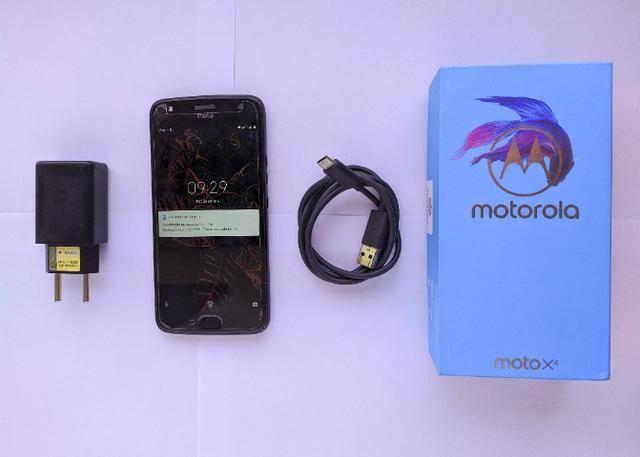 Moto X4 em perfeitas condições