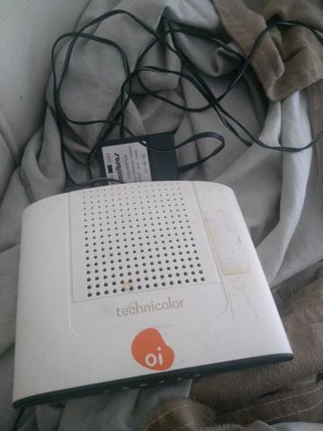 Roteador conservado da oi com carregado todo bom - Foto 2