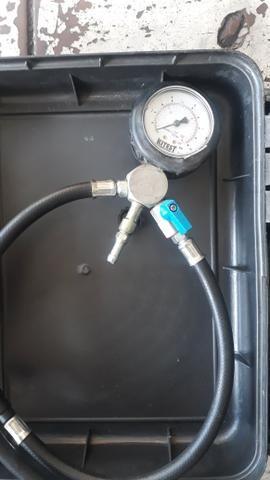 Teste de pressão da bomba para moto aceito troca