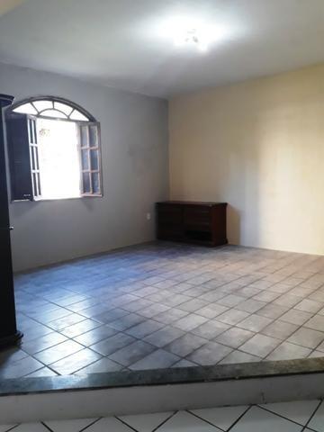 2/4, casa ampla, varanda, garagem, próximo a Praia! Pituaçu! - Foto 9