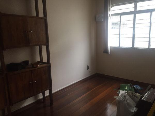Casa sobrado com 4 quartos - Bairro Setor Marista em Goiânia - Foto 16