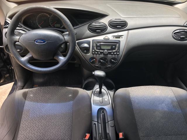 Focus automático completo, espaçoso e ótimo para estrada - Foto 5