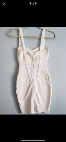 Vestido bandagem branco - Foto 2