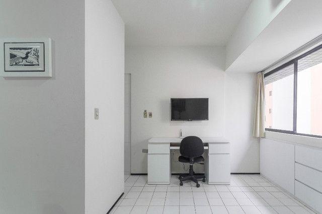 Aptº 207 - amplo, ventilado e todo mobiliado com utensílios e prataria em Boa Viagem - Foto 6
