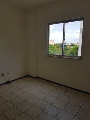 Apto. Parangaba, 3 quartos, R$ 1000, sem condomínio em frente ao Terminal da Lagoa - Foto 4