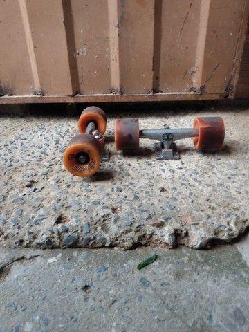 Rodinhas de skates conpleta - Foto 2