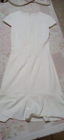 Vestido curto off white. - Foto 2