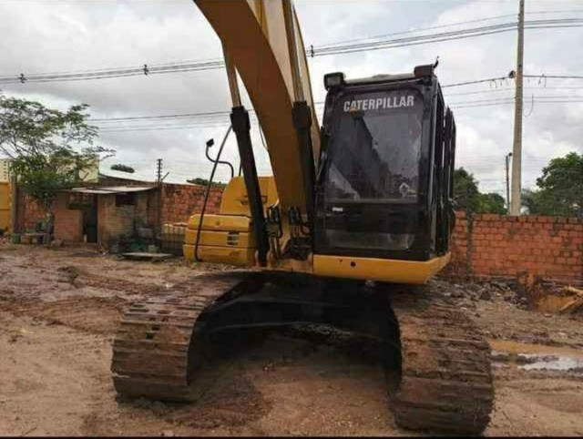 Escavadeira Hidráulica Catterpillar 320D  - Foto 5