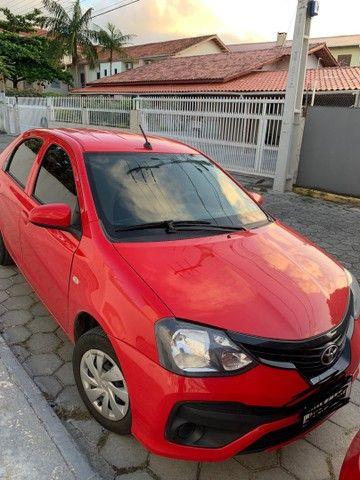Toyota Etios X plus 19/20 automático baixa quilometragem