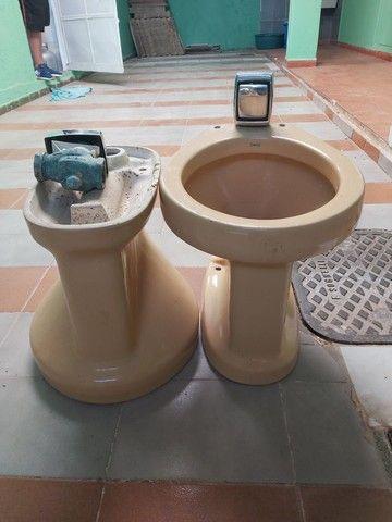 Conjuntos de vasos sanitário com válvula de parede  - Foto 4