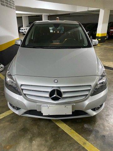 Mercedes bens B200 2013