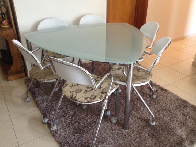 Mesa de Jantar Triangular Vidro 6 Cadeiras - Foto 2