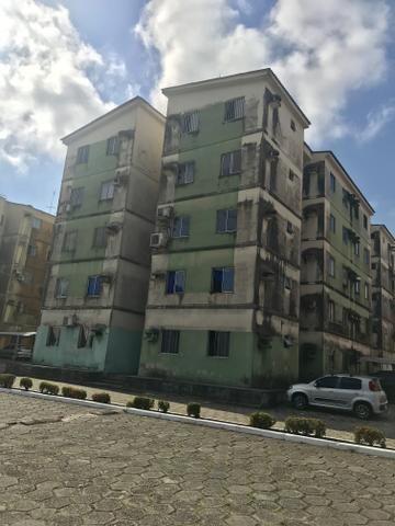 Apartamento no Condominio VIA Roma