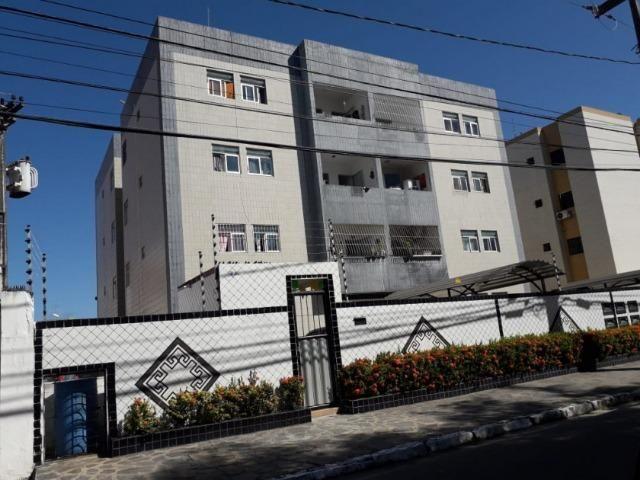 Apartamento no Bancarios, cód 6632-317