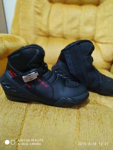 Bota sapato calçado motoqueiro moto novinha - Foto 5
