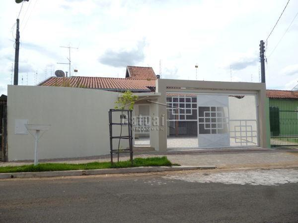 Casa sobrado com 5 quartos - Bairro Antares em Londrina
